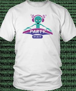 Alien Party DJ 2019 Gift T-Shirt